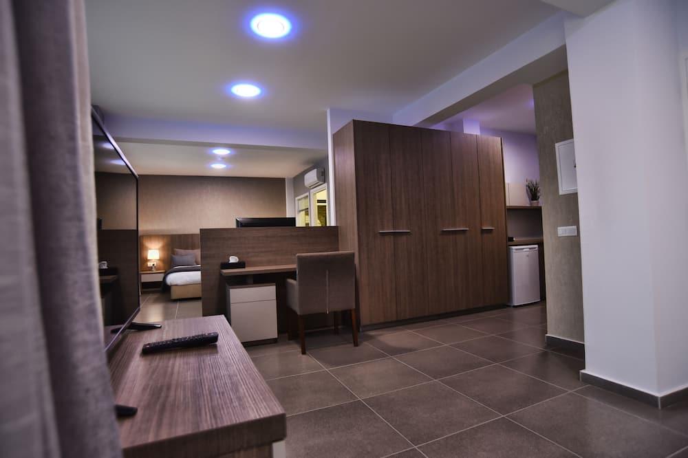 Suite (Rise) - Living Area
