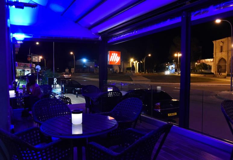 The Rise Hotel, Λάρνακα, Μπαρ ξενοδοχείου