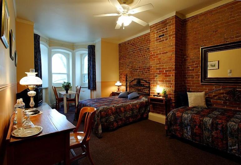 B&B Manoir Mon Calme, Québec, Standardzimmer, Mehrere Betten, eigenes Bad, Zimmer