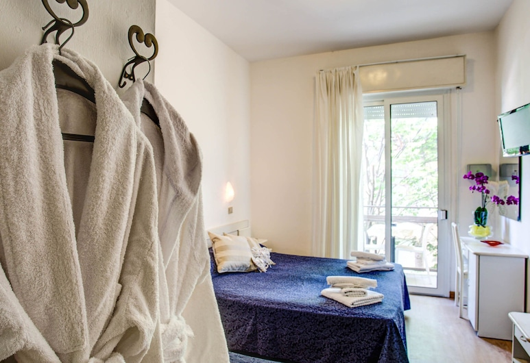 Hotel Tiziana, Rímini, Habitación triple, Habitación