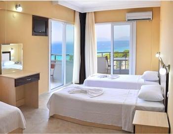 Kuşadası bölgesindeki Blue Sea Hotel resmi