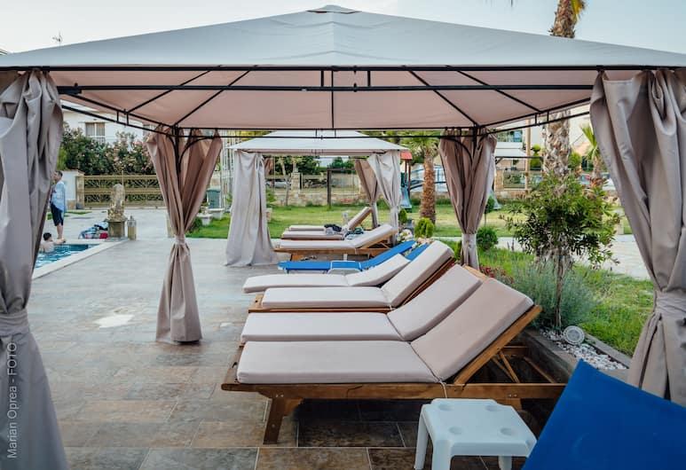 Greek Pride Apartment Fourka, Kassandra, Sundeck