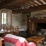 Premium House, 4 Bedrooms, Garden View - Living Area