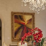 Luxury Villa, 5 Bedrooms - In-Room Dining