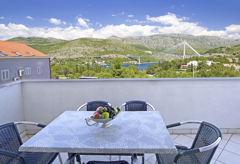 Villa Erna, Dubrovnik, Two-Bedroom Apartment with Balcony and Sea View, Varanda