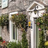 The Oakhill Inn
