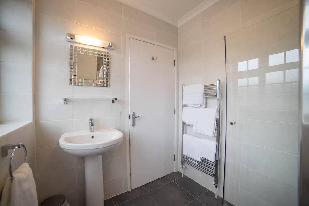 Háromágyas szoba - Fürdőszoba