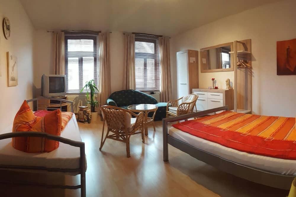Mieszkanie o podstawowym wyposażeniu, 3 sypialnie - Pokój