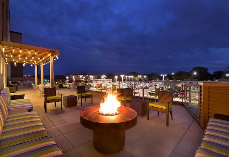 Home2 Suites by Hilton Minneapolis Bloomington, Blūmigtona, Terase/iekšējais pagalms