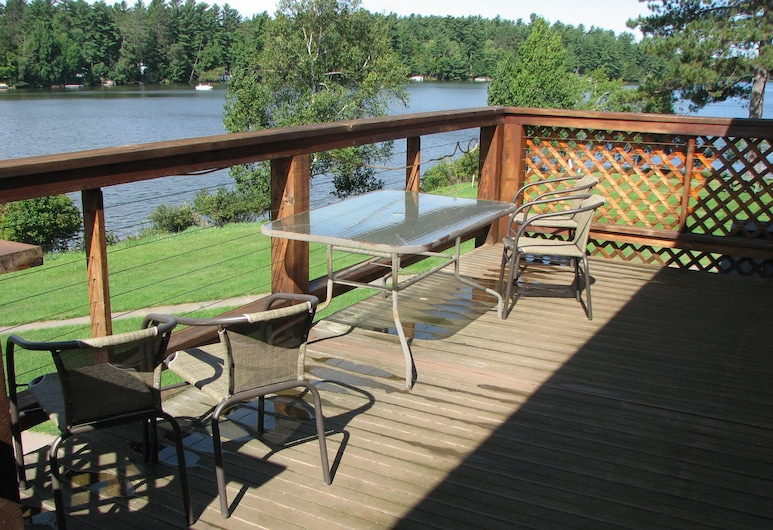Eagle River Inn And Resort, Eagle River, Terrace/Patio