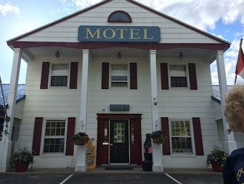 Fotografia do Colonial Valley Motel em Farmington