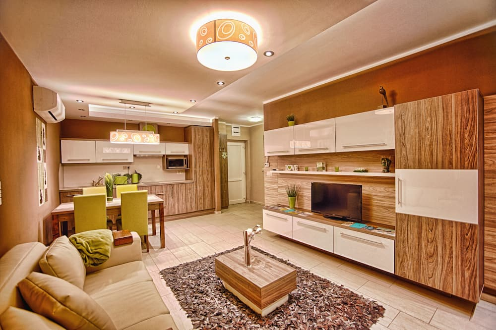 Superior Apartment, 1 Bedroom, Balcony - Living Area