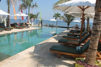 A(z) Kelapa Lovina Beach Villas hotel fényképe itt: Buleleng