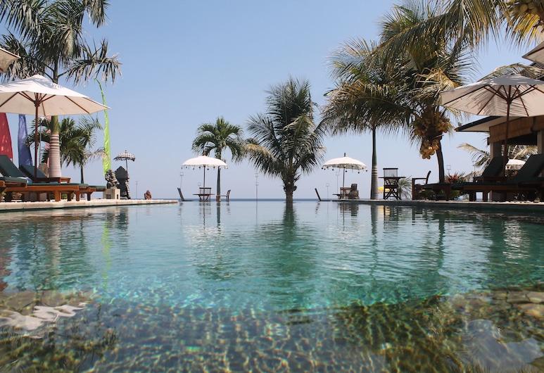 Kelapa Lovina Beach Villas, Buleleng, Utendørsbasseng