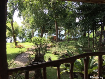Picture of Bohol Lahoy Dive Resort in Duero