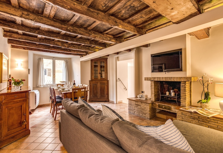 Your Suite Rome, Rome, Standard Apartment, 2 Bedrooms, City View, Living Room