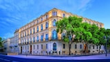 Choose This 4 Star Hotel In Nimes