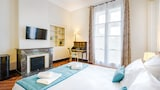 Choose This Cheap Hotel in Nimes