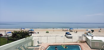 Φωτογραφία του Holiday Shores Beach Club, Daytona Beach Shores