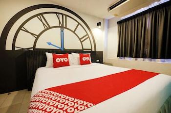 A(z) OYO 501 At Night Hostel hotel fényképe itt: Phuket
