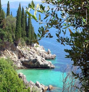 Hình ảnh Krouzeri Beach Apartments tại Corfu