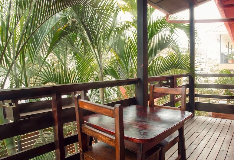 Laguna del Cocodrilo, Tamarindo, Suite junior (#12), Balcón