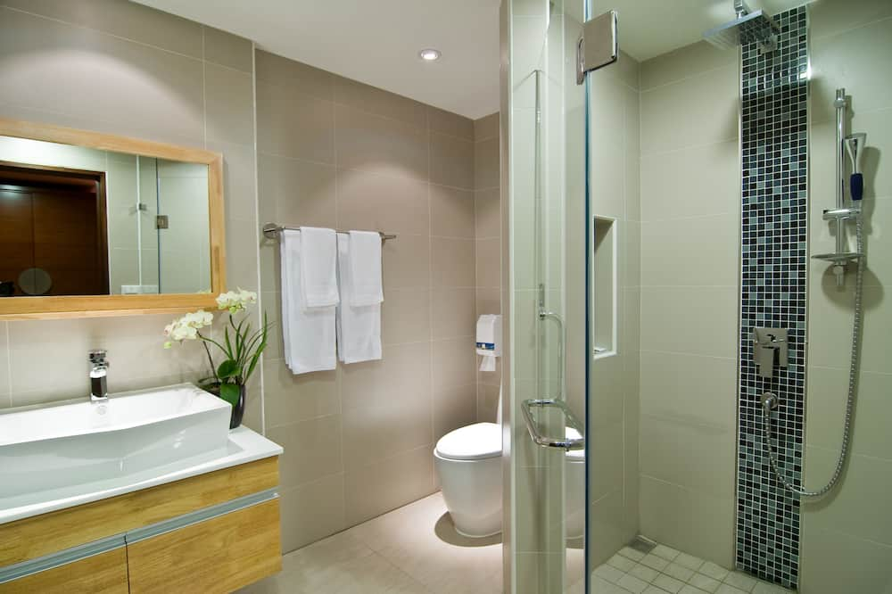 Quarto Twin Deluxe, 2 camas individuais - Casa de banho