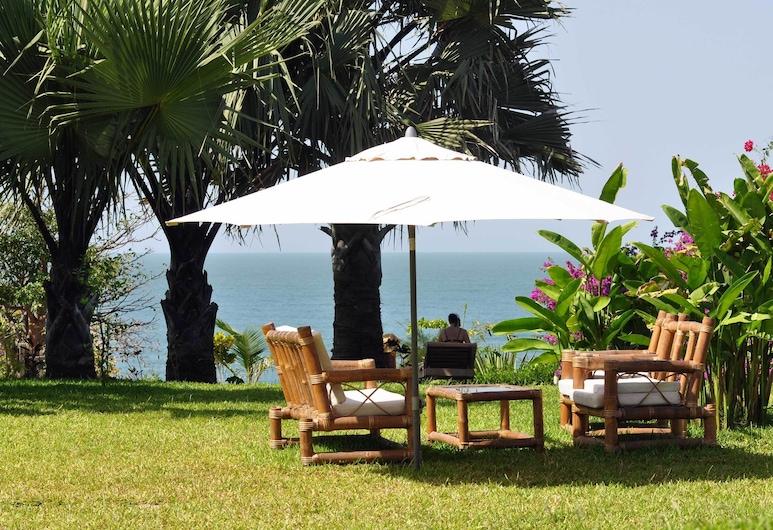Leo's Beach Hotel & Restaurant - Adults Only, Brufut