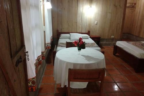樂甘巴雨林旅館/