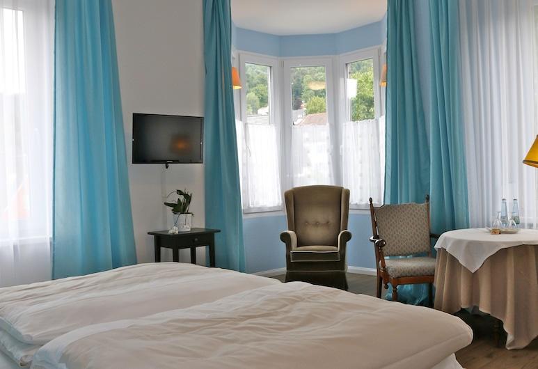 Hotel Markgräfler Hof, Badenweiler, Romantic Double Room, Guest Room