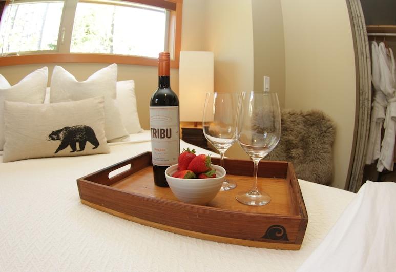 Black Bear Guesthouse, Tofino, Habitación doble estándar, 1 cama Queen size, Habitación