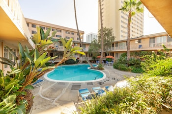 Picture of Cal Mar Hotel Suites in Santa Monica