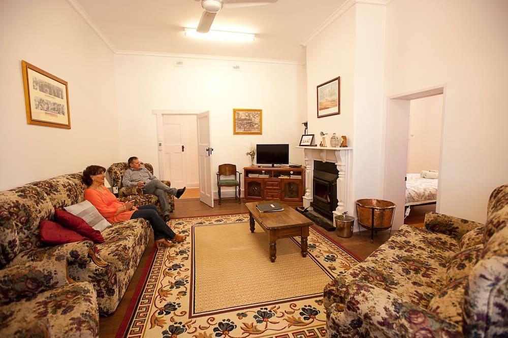 Nana's house - Vardagsrum