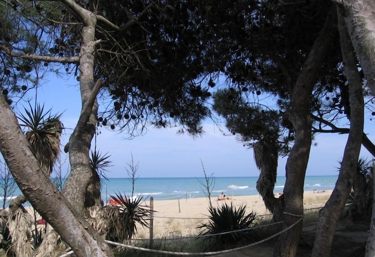 Hotel Maria, Pineto, Playa