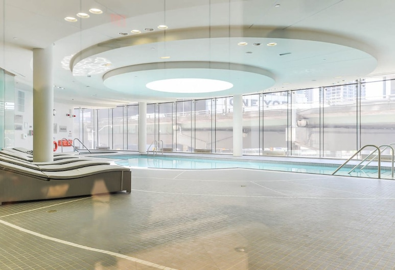 JP Stays - Cozy Lakeview Condo Downtown Core offered by Short Term Stays, Toronto, Indoor Pool