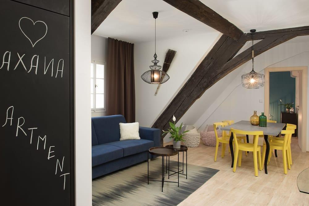 Апартаменти, 2 спальні (Saxana) - Вітальня