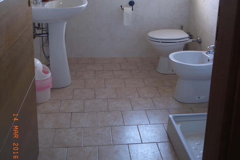 Duplex - Bathroom