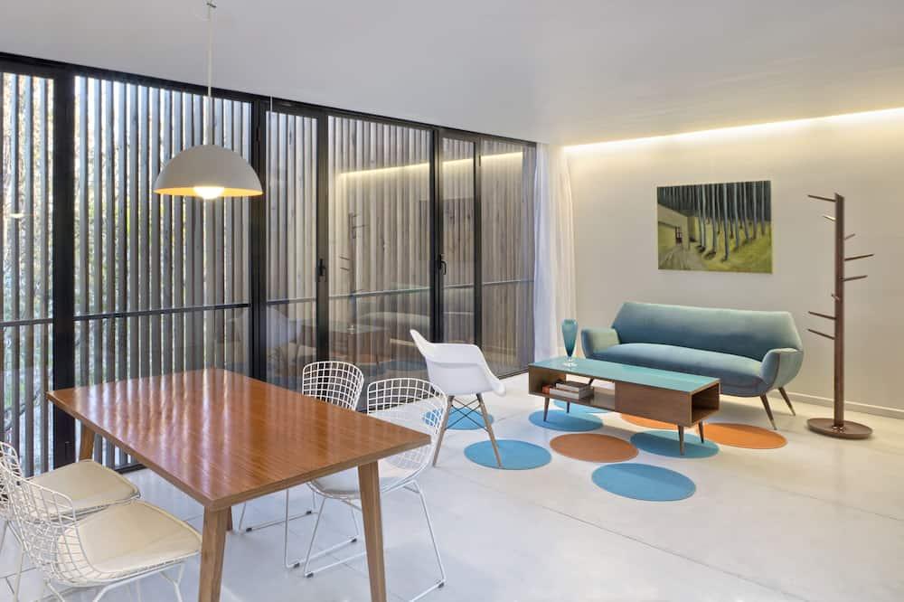 อพาร์ทเมนท์ (3) - ห้องนั่งเล่น