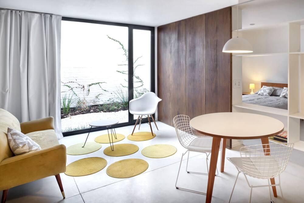อพาร์ทเมนท์ (1) - ห้องนั่งเล่น