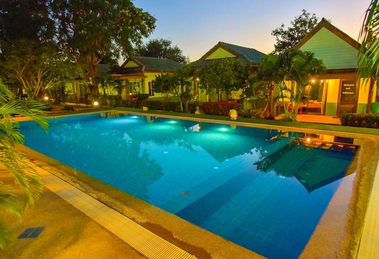 OYO 487 Sanghiran Resort, Pranburi, Buitenzwembad
