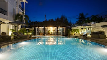 Enter your dates to get the Hoi An hotel deal