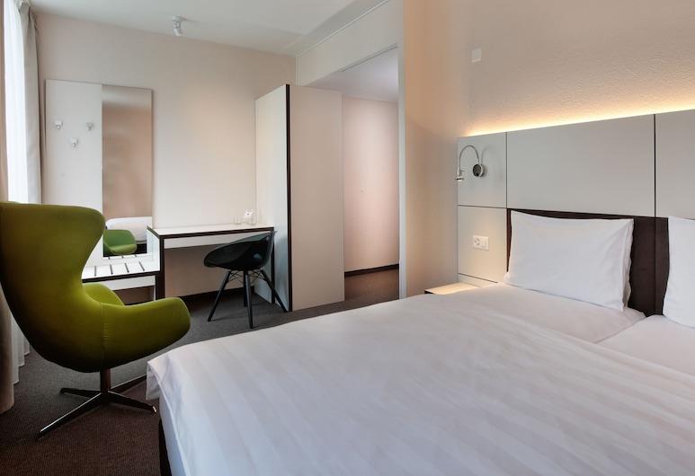 b_smart motel Basel, Βασιλεία, Business Δίκλινο Δωμάτιο (Double ή Twin), 2 Μονά Κρεβάτια, Δωμάτιο επισκεπτών