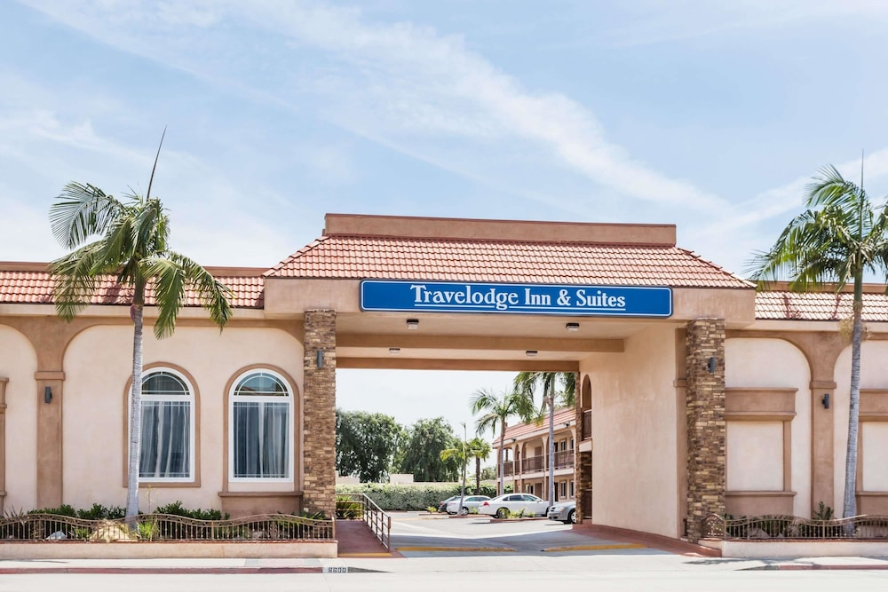 Travelodge Inn Suites By Wyndham Bell Los Angeles Area