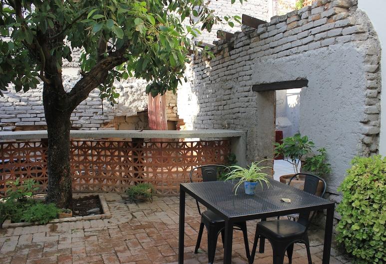 Entre Patios Hotel Boutique, León, Habitación Deluxe, Terraza o patio