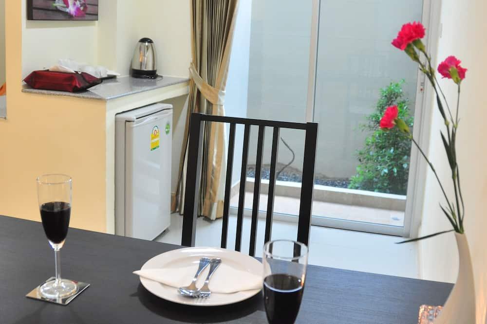 Grand Double Room - Tempat Makan dalam Bilik