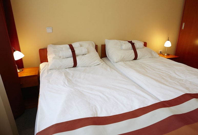 Fordan Hotel, Pécs, Standard Twin Room, Guest Room