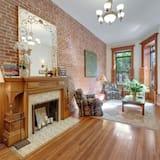Premium Apartment, Garden View (Private Patio & Balcony) - Living Area