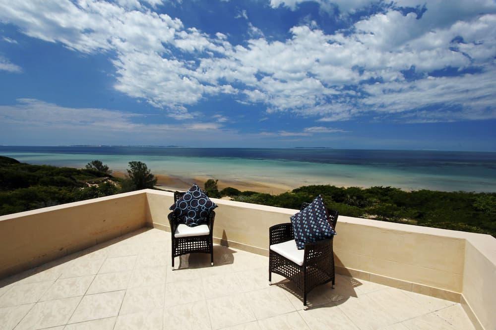 Deacra Villas By Sol Resorts