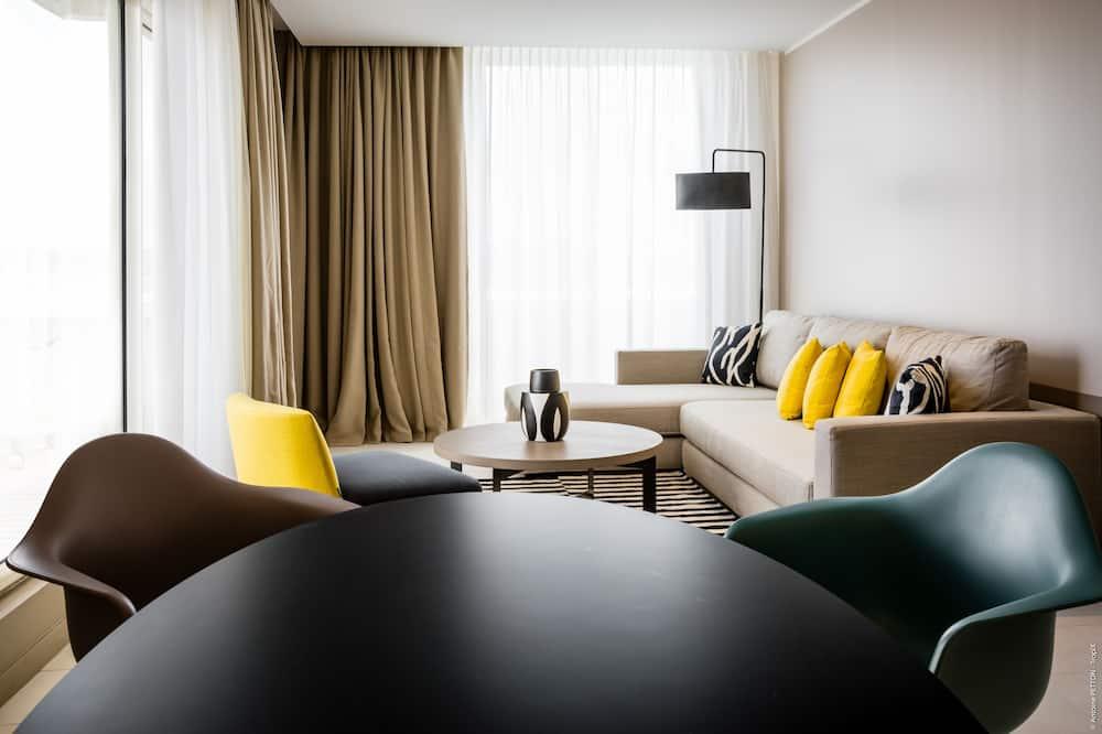 Panoramic Suite, 1 Bedroom, Terrace, Bay View - Living Room
