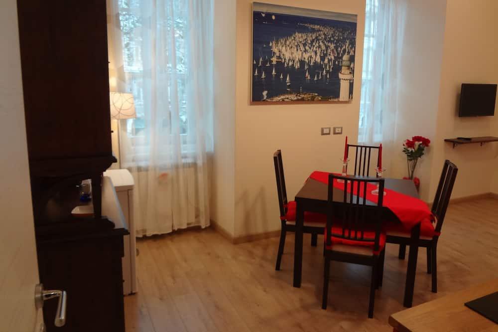 Estudio superior, cocina - Sala de estar